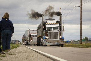 2013 US and Canadian Trucking Industry News — 2013 World Truck Convoy