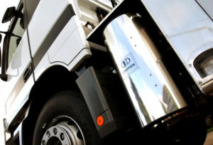 Diesel particulate filter truck
