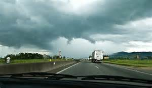 Safety Truck Driving Tips During Tornados and Severe Thunderstorms
